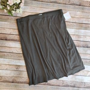 New 14th & Union Green Pull On Skirt